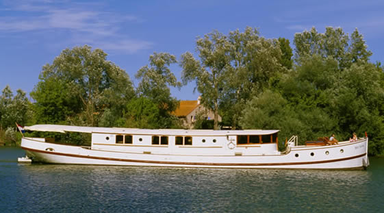 Luxury River Boat Roi Soleil - Midi Canal - Provence - Camargue - France